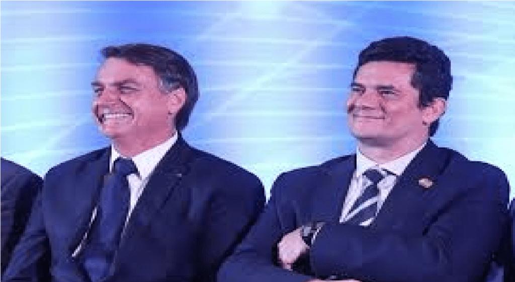 """""""Vão quebrar a cara, procurem outro alvo"""", diz Bolsonaro sobre denúncias contra Moro"""