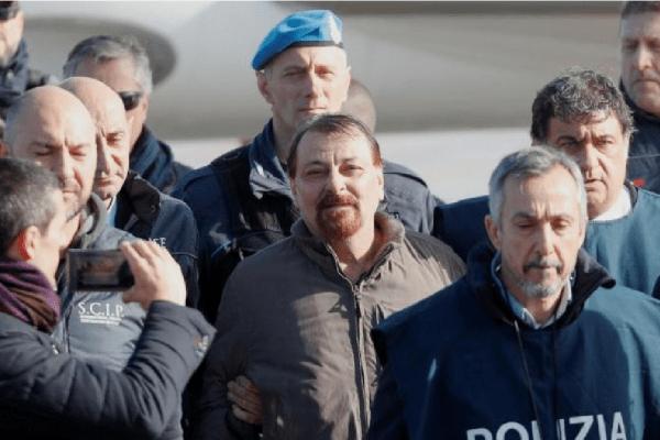 Cesare Battisti confessa participação em homicídios