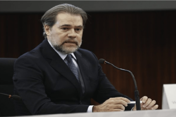 Dias Toffoli afirma que se 'tudo vai parar no STF' significa o fracasso de outras instituições