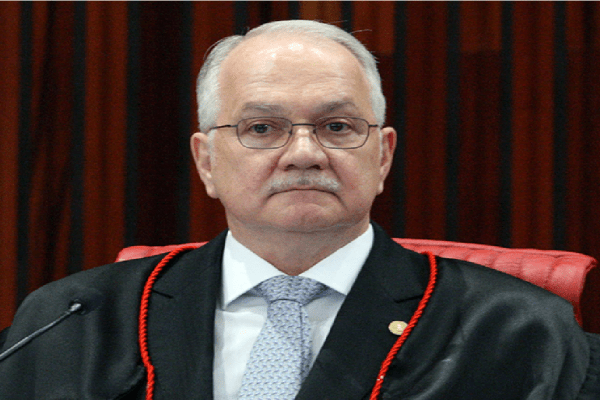 Fachin pede a Toffoli informações do inquérito sobre ofensas à corte
