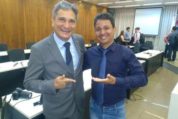 Coronel Sandro garante que luta contra a COPASA é só o começo de uma longa parceria com o município