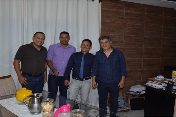 Deputado Coronel Sandro visita Periquito e fala sobre projeto que vai ajudar financeiramente aos pequenos municípios