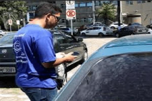 Taxistas de Ipatinga tem prazo para se submeterem a vistoria obrigatória de veículos