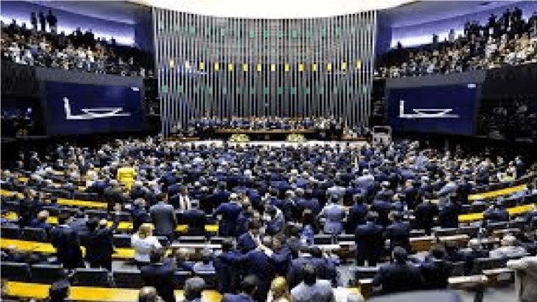 Câmara abre sessão para contagem de prazo do parecer da Reforma da Previdência