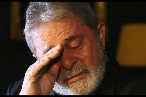 """Lula se desespera e teme """"Envelhecer"""" na cadeia"""
