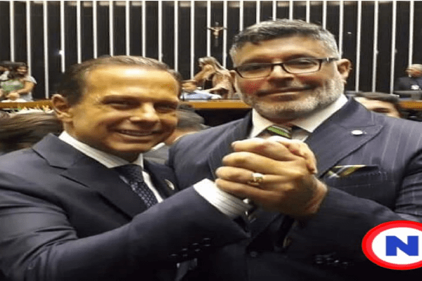 """Doria convida Alexandre Frota para se filiar ao PSDB: """"MUITO FELIZ"""""""