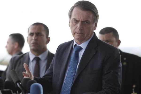 """Bolsonaro detona esquerda e diz que """"usam a morte da Marielle em causa própria"""""""