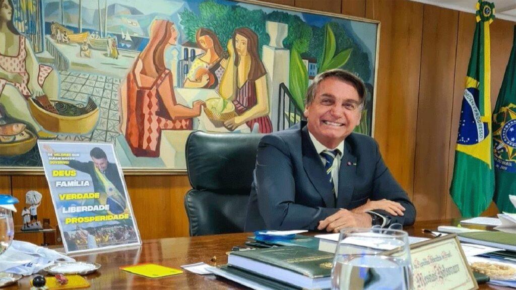 """""""Aproveitar-se do medo das pessoas para fazer politicagem é coisa de Covarde"""" diz Bolsonaro"""