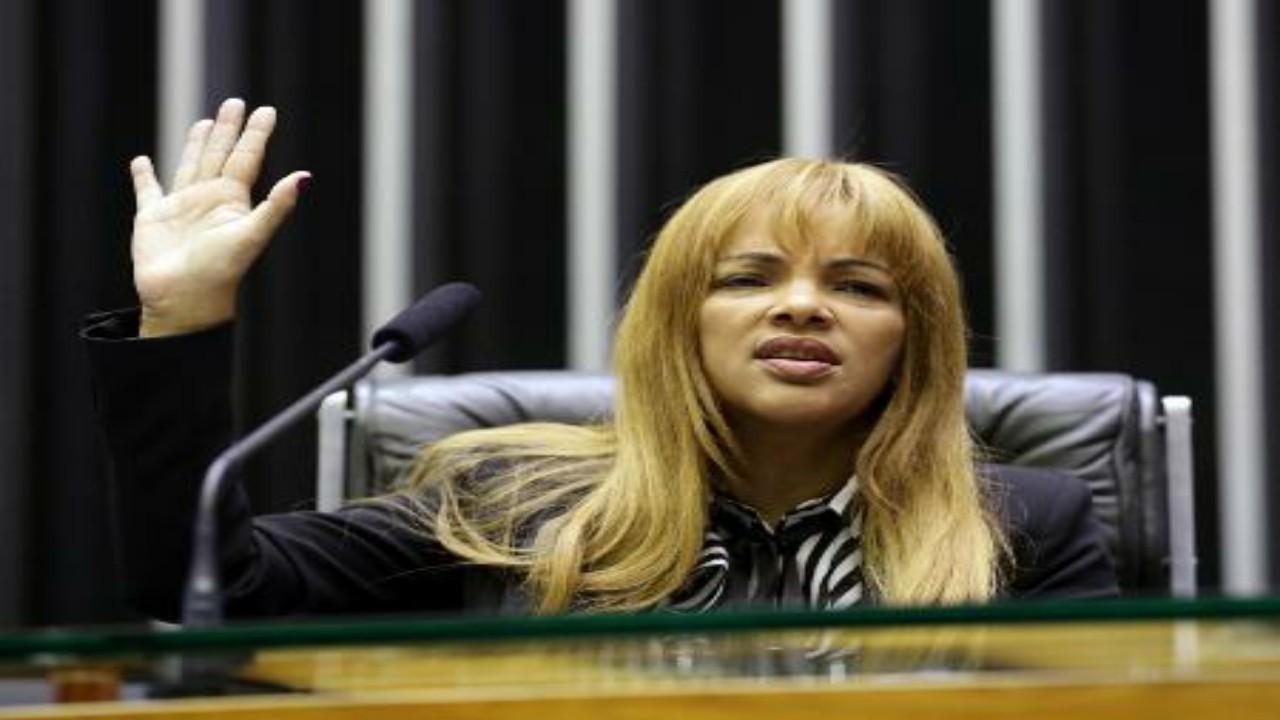 Caso Flordelis: Corregedor entrega parecer favorável à continuidade do processo de cassação do mandato da Parlamentar