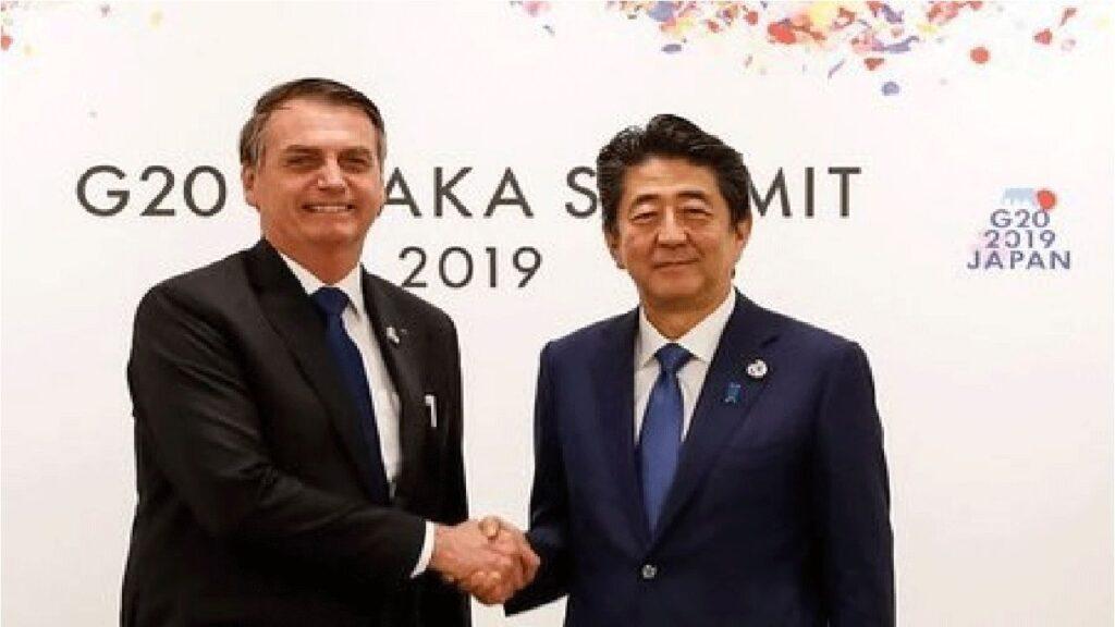 Bolsonaro se solidariza com primeiro-ministro do Japão Shinzo Abe