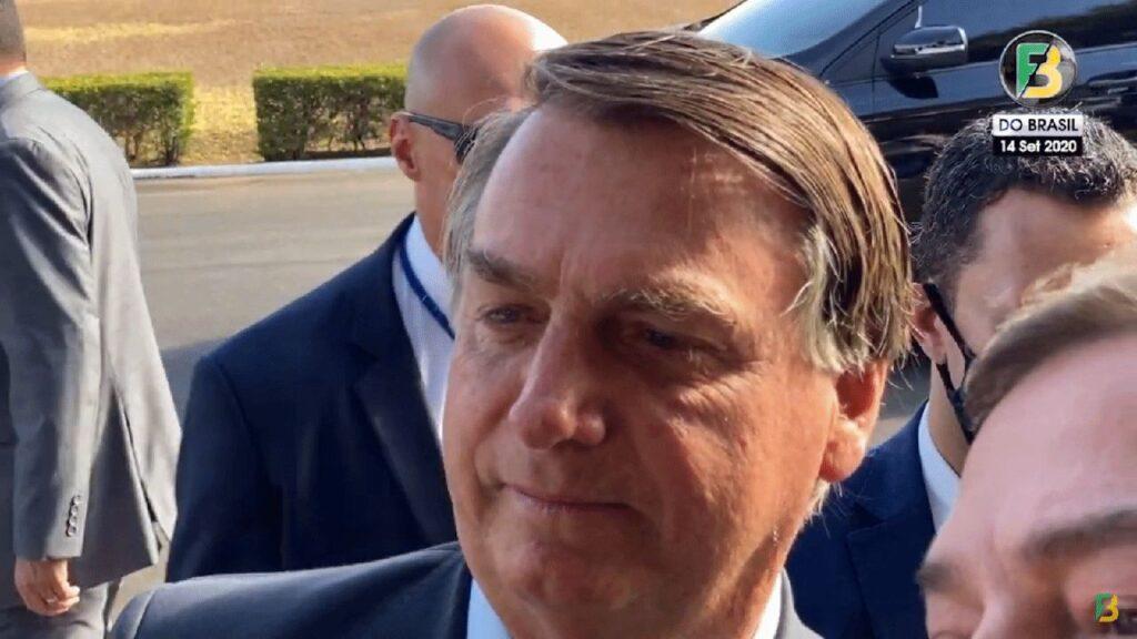 """Bolsonaro sinaliza a possibilidade de apoiar candidatos em SP: """"Talvez a gente converse sobre São Paulo"""""""