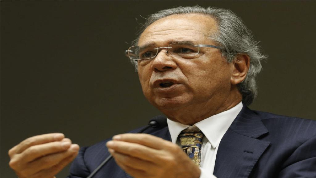 """""""Nós deveríamos ser mais meritocráticos nisso"""" diz Guedes sobre aumento de teto salarial do serviço público"""