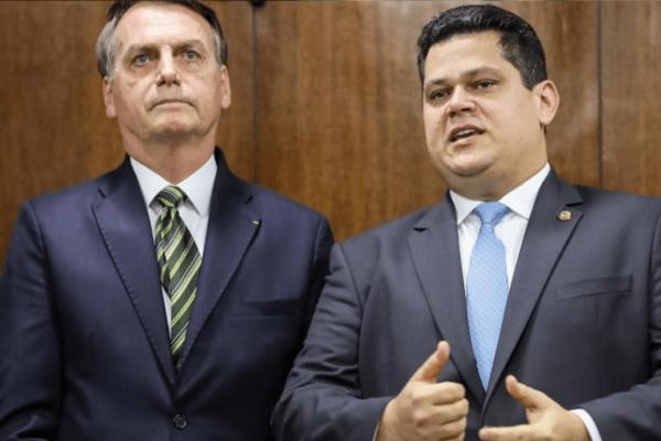 Alcolumbre parabeniza Bolsonaro por agilidade em buscar uma solução para crise no Amapá