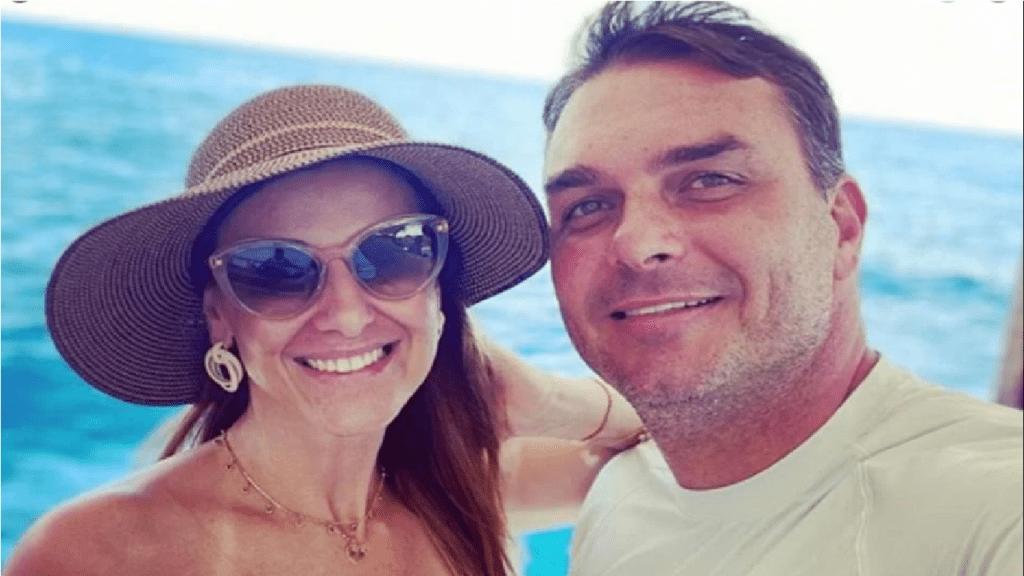 Assessoria de Flávio Bolsonaro pública nota esclarecendo polémica