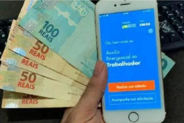 Caixa paga novas parcelas de R$ 600 e R$ 300 do auxílio emergencial