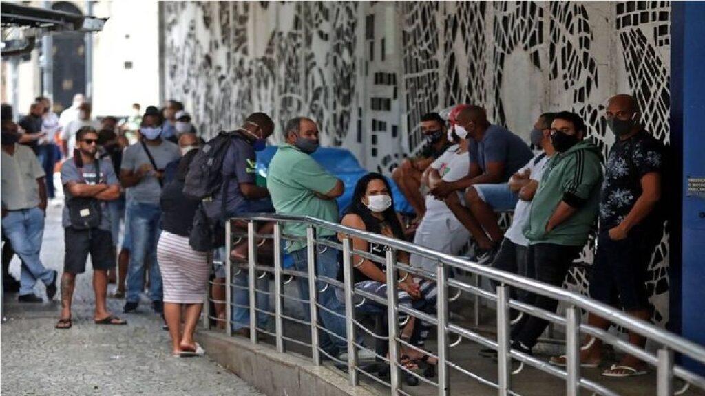Mais de 3.6 milhões recebem parcelas do auxílio emergencial nesta quinta-feira