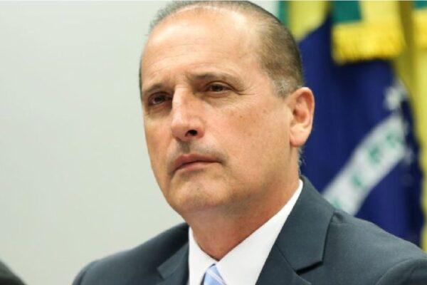 """Ministro Onyx Lorenzoni afirma que """"novo"""" Bolsa Família está pronto"""