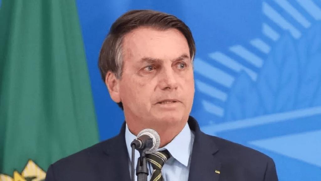 """""""Nosso bem maior, a liberdade, continua sendo ameaçado"""" diz Bolsonaro"""