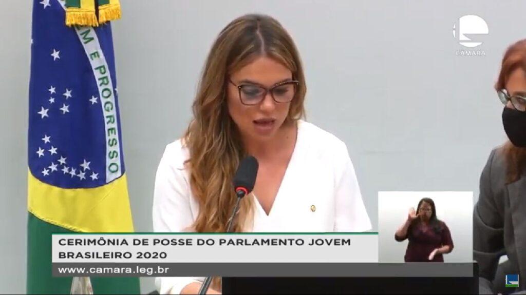 Parlamento Jovem Brasileiro dá posse a estudantes nesta sexta-feira