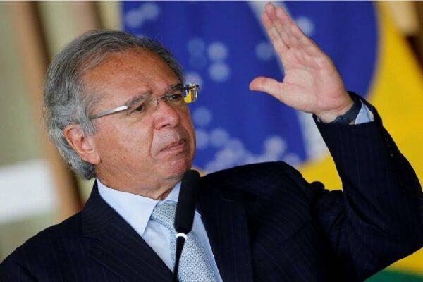 """""""Todas as regiões do Brasil estão criando empregos"""" diz Paulo Guedes"""