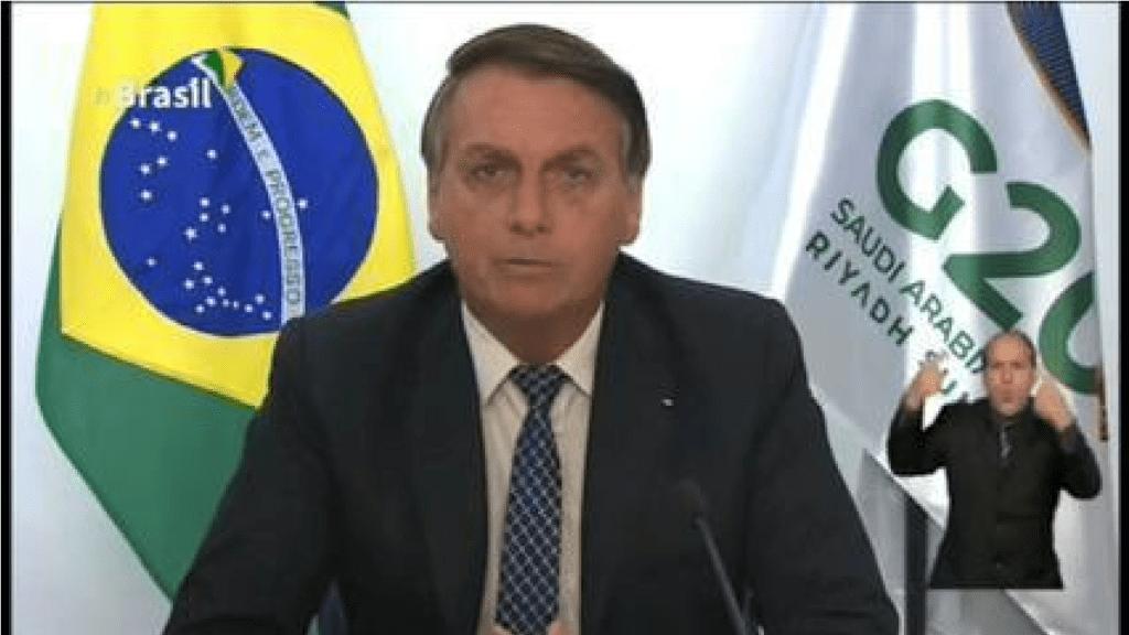 """""""Vamos continuar protegendo nossa Amazônia"""" diz Bolsonaro"""