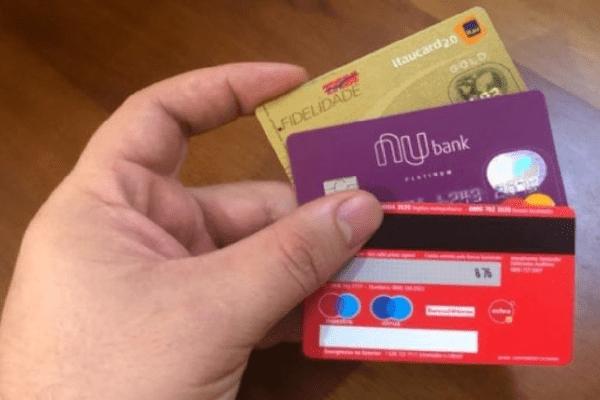 Saiba o que fazer se o seu cartão de crédito for clonado