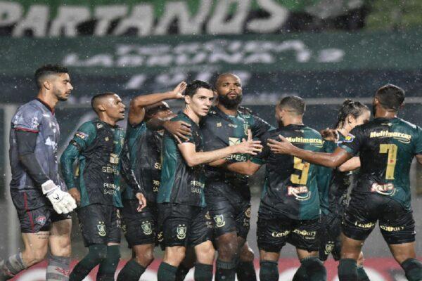 América-MG empata com o Náutico e garante acesso a Série A do Brasileiro com 4 rodadas de antecedência