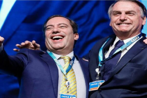 Bolsonaro participa da Cerimônia alusiva aos 160 anos da CAIXA