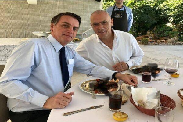 Bolsonaro se reúne com Embaixador de Israel, Yossi Shelley