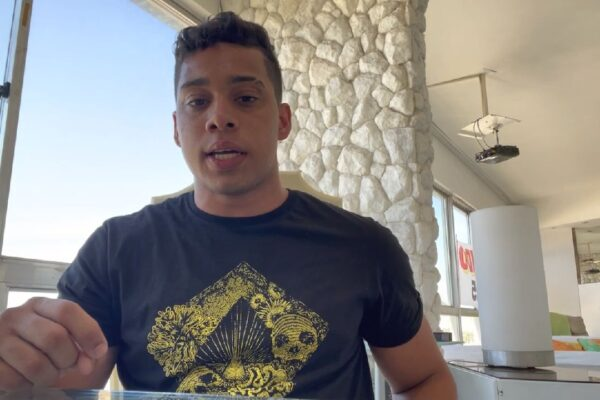 """Gabriel Monteiro manda recado a MC Kevin e dispara: """"Você só tem bem material, nada além disso"""""""