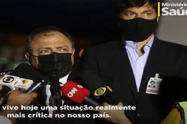 Governo Bolsonaro envia 160 mil metros cúbicos de oxigênio a Manaus