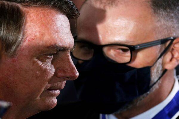 Presidente Bolsonaro se reúne com Diretor-Presidente ANVISA, Antônio Barra Torres