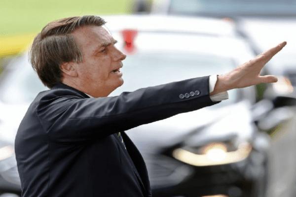 """Presidente diz: """"Não existe Executivo e Legislativo isolados. Trabalhamos em parcerias para o bem do nosso Brasil"""""""