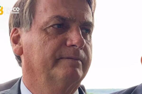 """Bolsonaro sobre Auxílio Emergencial, """"Cobra de quem te determinou ficar em casa, fechou o comércio e acabou com seu emprego."""""""