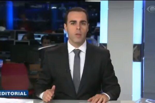 """Editorial da Band defende decretos das armas de Bolsonaro: """"Os cidadãos honestos exigiu o direito de ter a sua arma"""""""