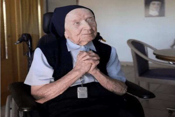Aos 116 anos, segunda pessoa mais velha do mundo se cura de Covid-19