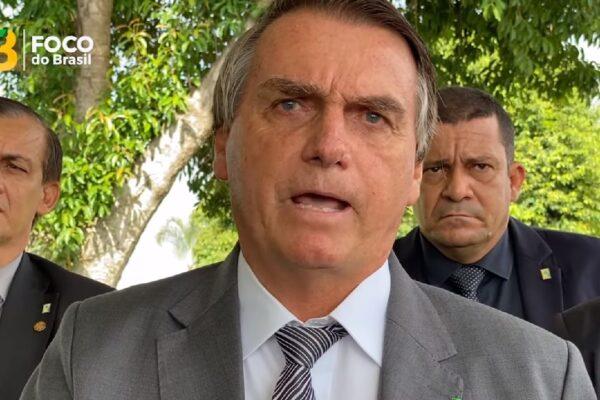 """""""Meu Exército não irá para as ruas cumprir os decretos dos governadores"""" diz Bolsonaro"""