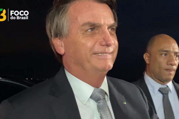 """""""Tem tudo para fazer um bom trabalho"""", diz Bolsonaro sobre novo ministro da Saúde"""