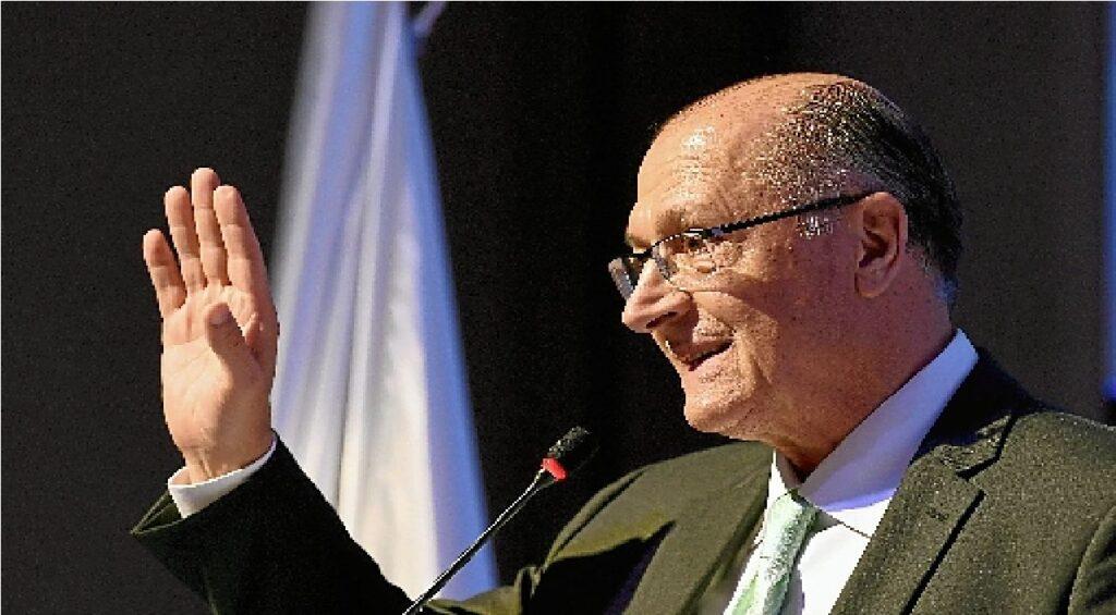 """Alckmin fala sobre possibilidade de concorrer ao governo de SP: """"É nosso dever estar à disposição"""""""