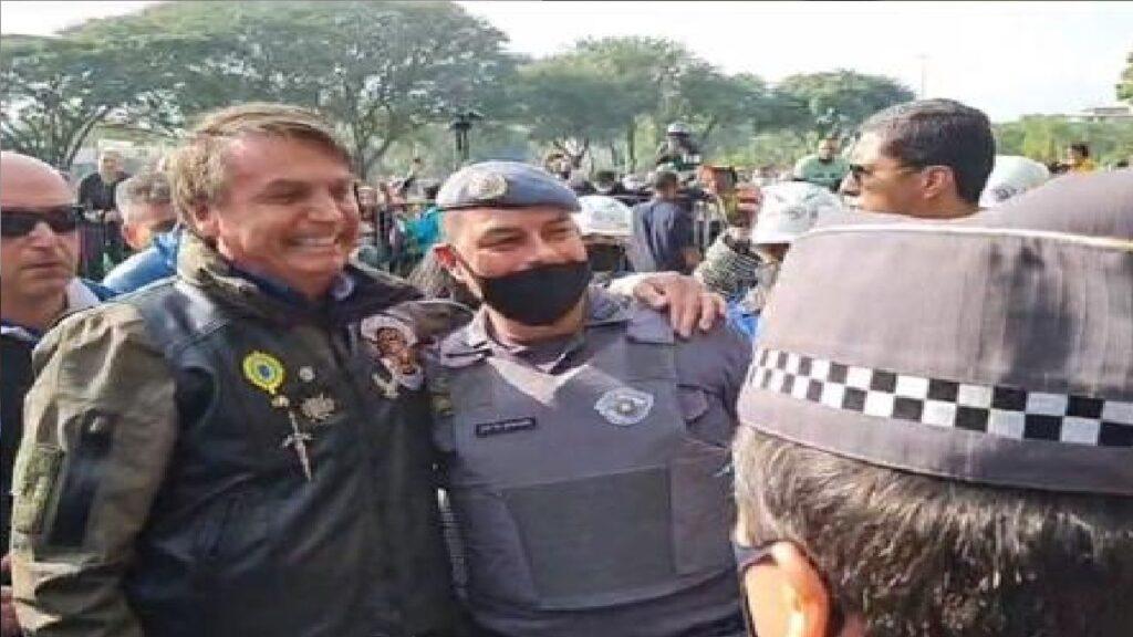 Às vésperas do dia 7, Policiais militares disparam apoio à Bolsonaro na WEB