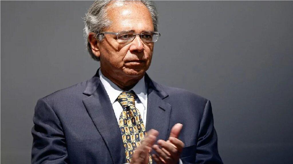 Guedes comemora aprovação do texto-base da reforma do Imposto de Renda